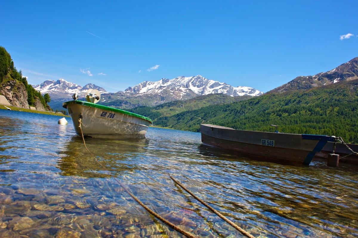 Impression vom Silsersee mit Blick Richtung St. Moritz.
