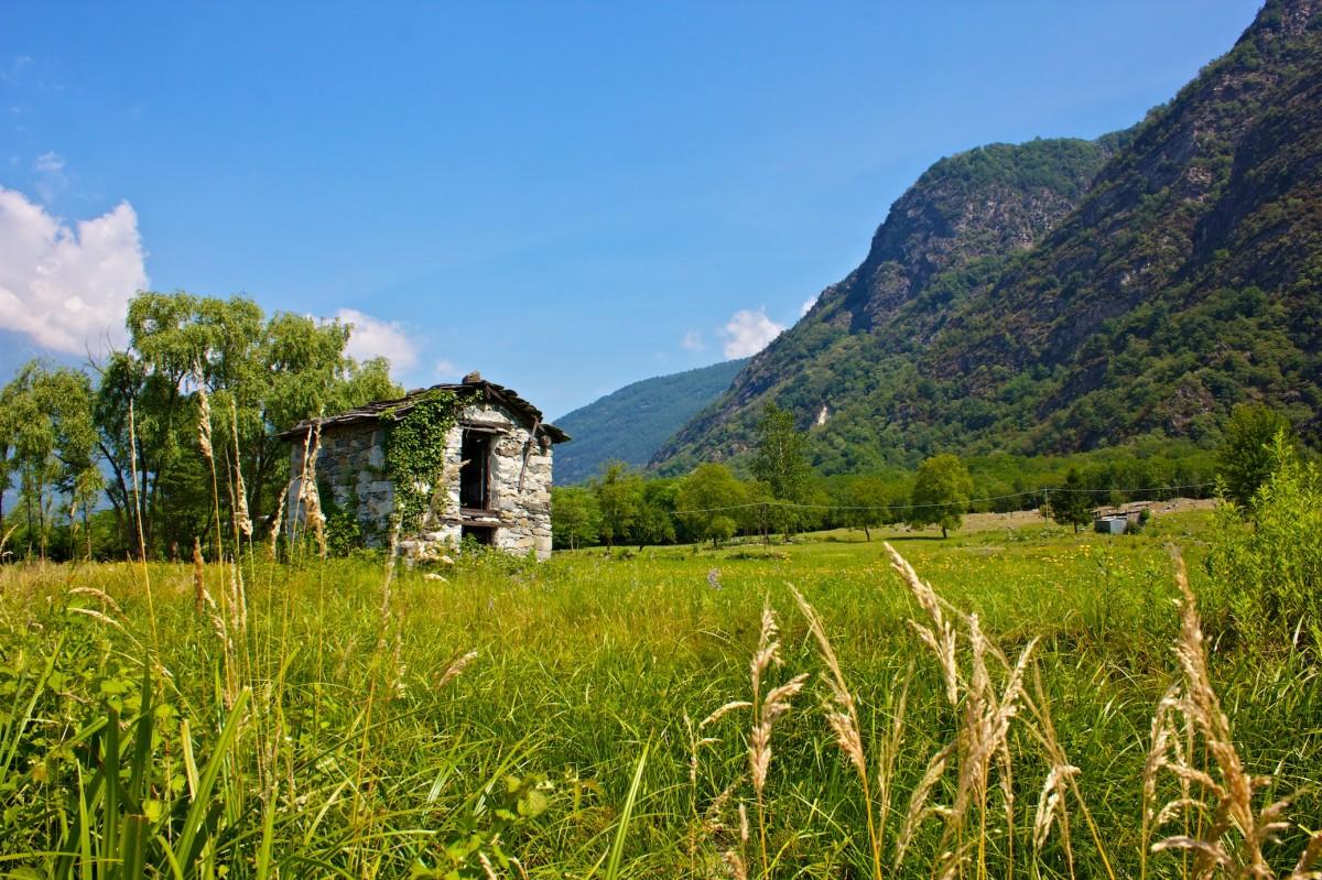 Einsame Steinhütte …