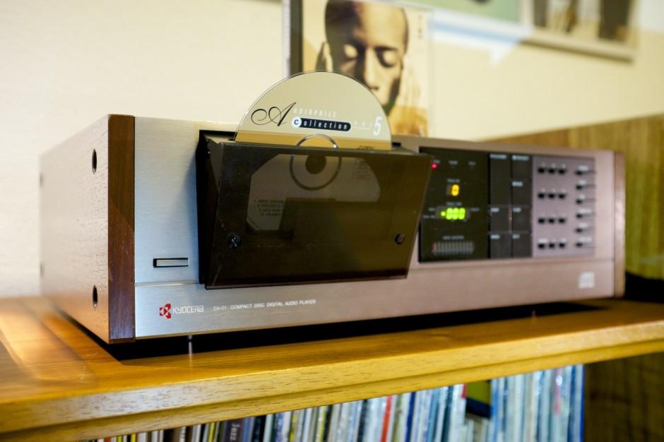 Vintage-Hifi-VIntageHifi-Kyocera-DA01-CD-Player-DA-01-oldschool 3