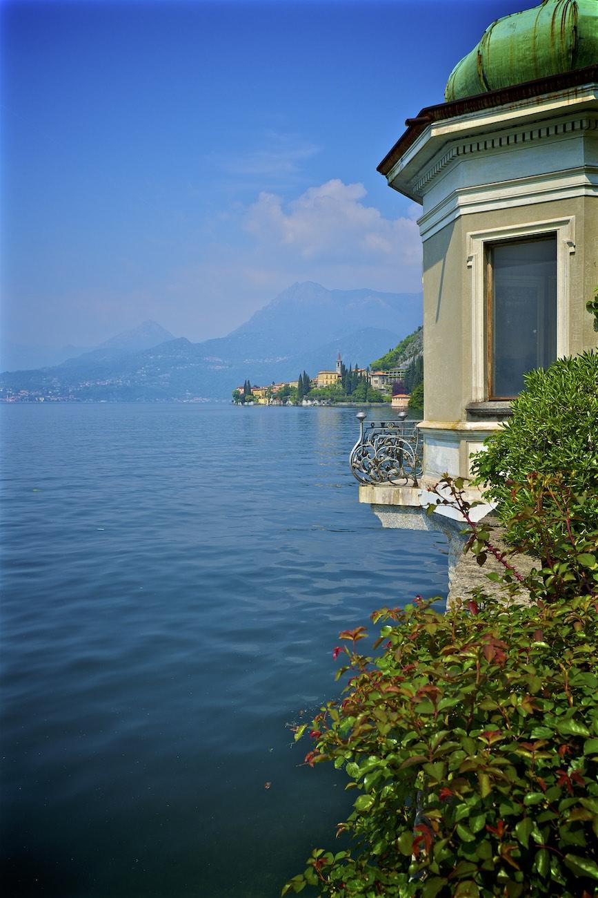 Varenna-Comer-See-Como-Schweiz-Italien